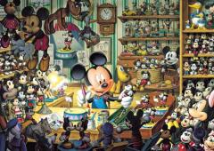 Mickey's toy workshop